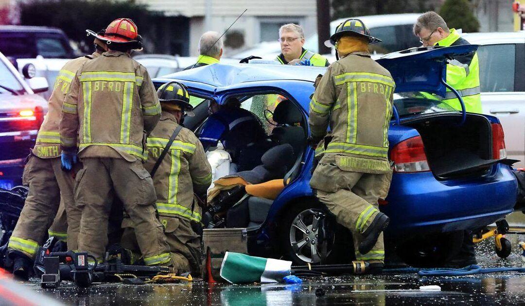 2 Iowa EMS providers hurt in ambulance crash